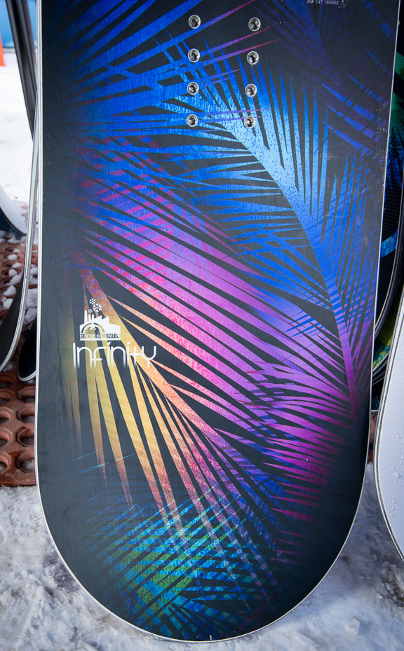 Never Summer Infinity 2016 Womens Snowboard