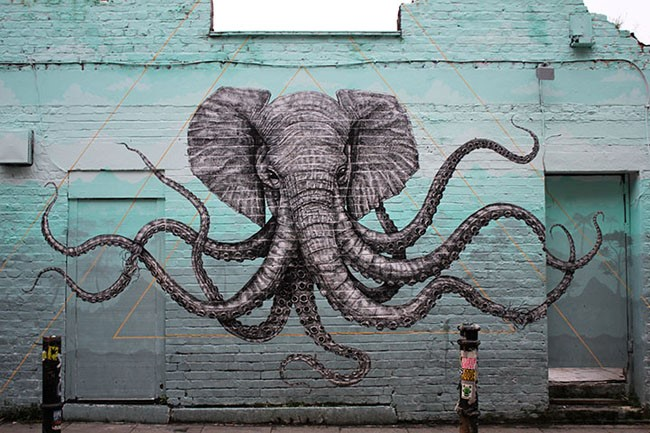 У вас может быть доска с наклейкой Royllent 2016 London Graffiti Elephant